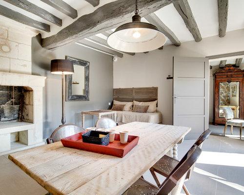 images de d coration et id es d co de maisons poutre apparente grise. Black Bedroom Furniture Sets. Home Design Ideas