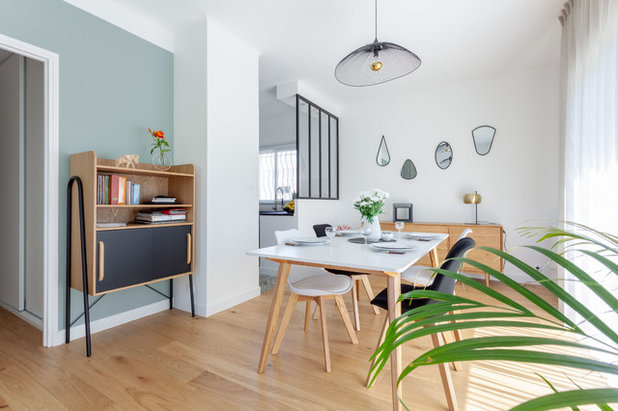 Scandinave Salle à Manger by Anthony Toulon | Photographe
