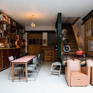 Inspiration pour une salle à manger urbaine fermée et de taille moyenne.