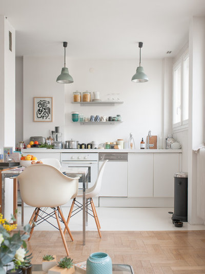 Scandinave Salle à Manger by Jours & Nuits