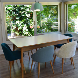 Inspiration for a scandinavian dining room remodel in Nice