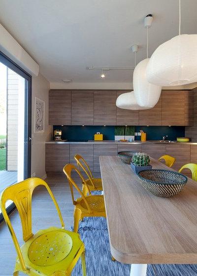 Contemporary Dining Room by Sebastien Siraudeau | photographe