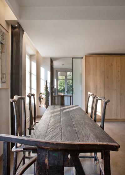 Rustic Dining Room by Olivier Chabaud Architecte - Paris & Avignon