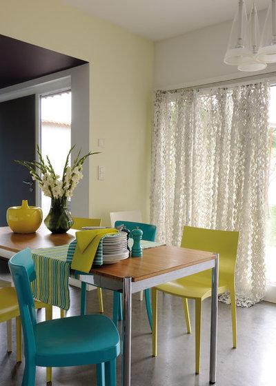 Contemporary Dining Room by Zolpan SAS