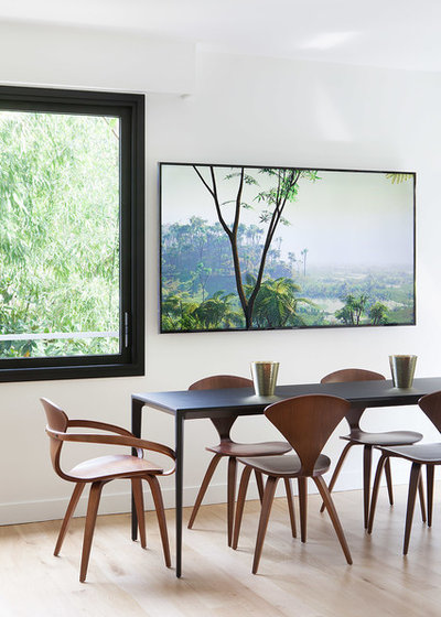 Contemporary Dining Room by CDA DESIGN