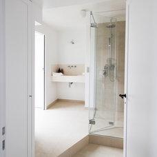 Modern Bathroom by A+B KASHA Designs