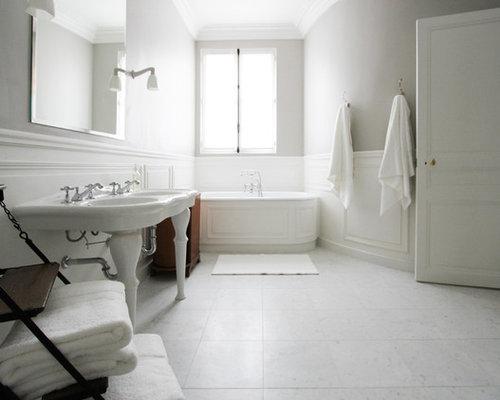 Salle De Bain grande salle de bain contemporaine : Salle de bain contemporaine avec un sol en marbre : Photos et ...