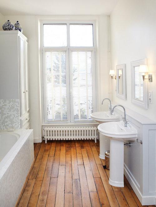 Parquet tiles ideas pictures remodel and decor - Plaque mural salle de bain ...
