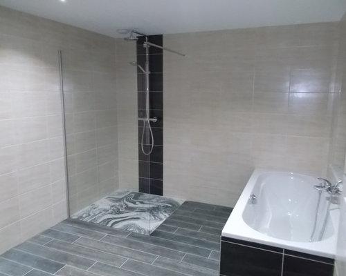 Stanza da bagno con piastrelle di cemento nancy foto idee