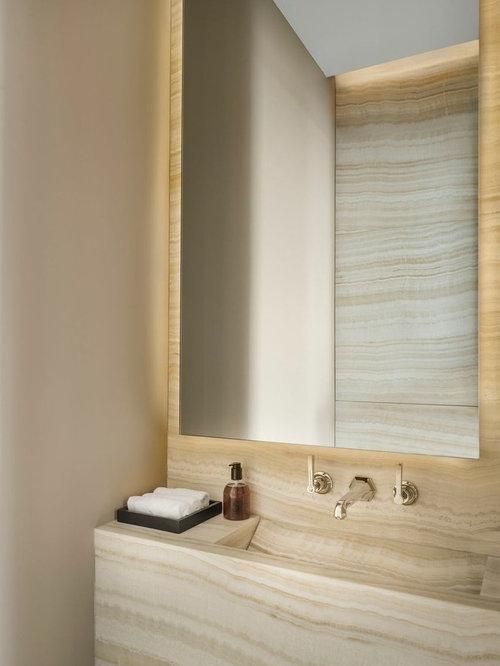 Idée De Décoration Pour Une Salle De Bain Design Avec Un Lavabo Intégré, Un  Mur