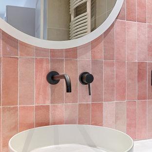 Esempio di una stanza da bagno scandinava