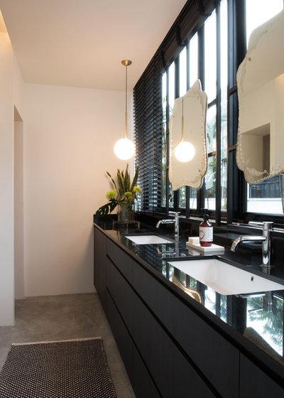 Contemporary Bathroom by Supercraft Studio | Architecte d'intérieur