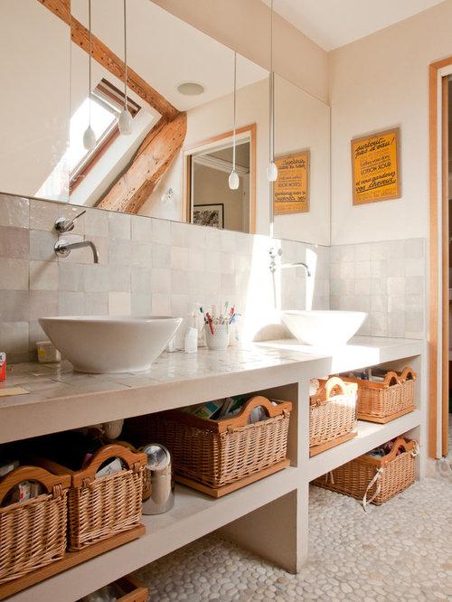 Salle de bain avec un sol en galet photos et id es d co for Galet pour salle de bain