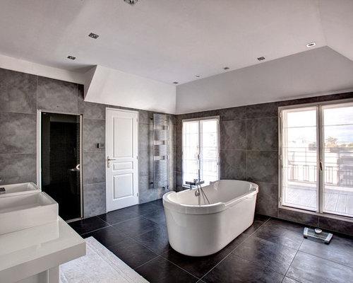 ides dco pour une grande salle de bain principale contemporaine avec un lavabo suspendu une - Carrelage Gris Mur