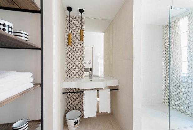 Mediterranean Bathroom by Zita Vito