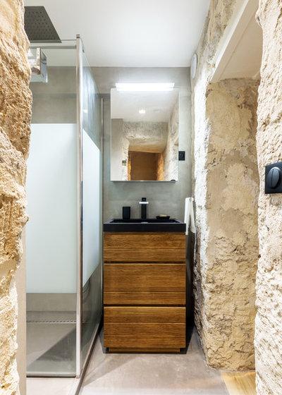 Salle de Bain by NEVA Architecture Intérieure - Interior Design