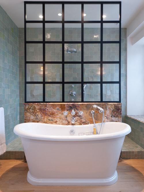 Salle de bain bord de mer photos et id es d co de salles for Carrelage salle de bain bleu marine