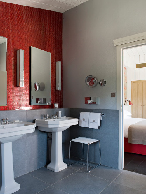 salle de bain avec un carrelage rouge photos et id es d co de salles de bain. Black Bedroom Furniture Sets. Home Design Ideas