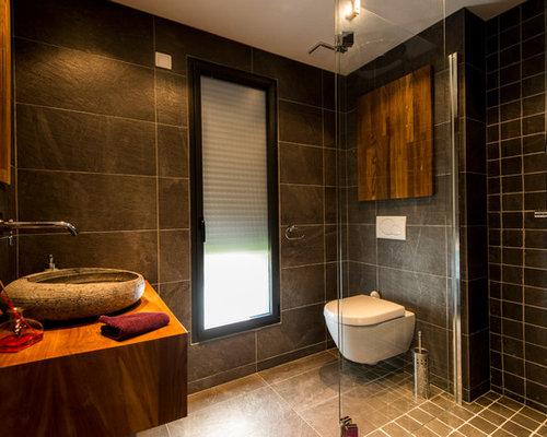 salle de bain avec une douche l 39 italienne et un carrelage noir photos et id es d co de. Black Bedroom Furniture Sets. Home Design Ideas
