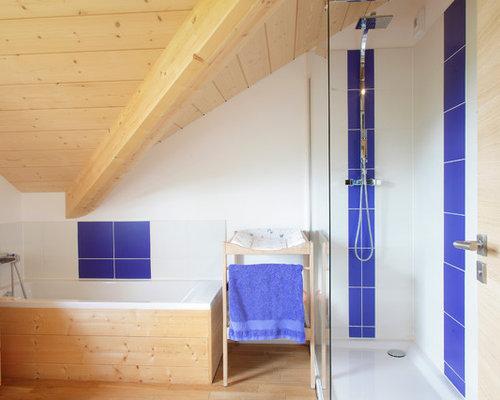 Salle de bain avec un carrelage bleu photos et id es d co de salles de bain - Douche italienne bleue ...