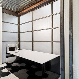 Inspiration pour une salle de bain urbaine.