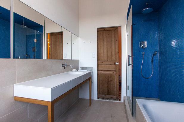 Color en el baño: opta por el azul para un ambiente fresco y luminoso