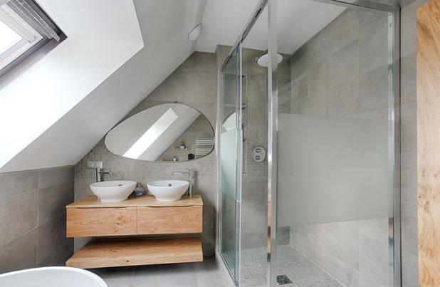 Модернизм Ванная комната by Stella b. Design - Décoratrice d'intérieur