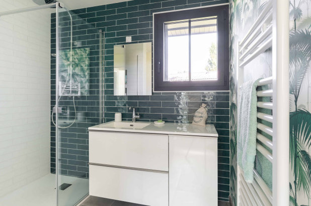 Средиземноморский Ванная комната by Expression Architecte Intrieur