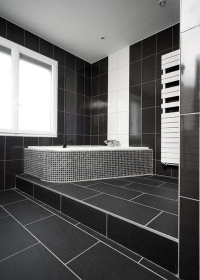 Bagno Con Rivestimento In Legno E Piante Interior Design : Bagno in ...