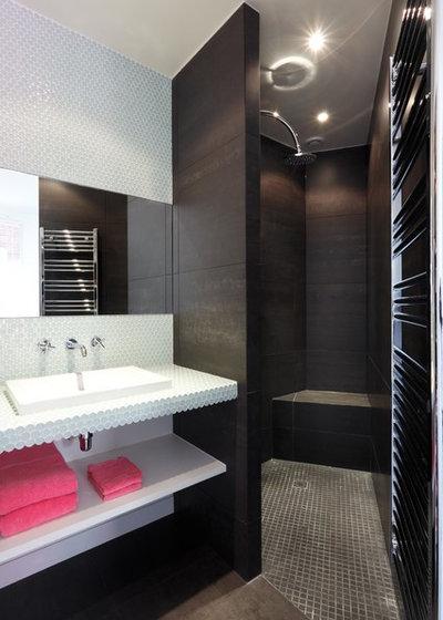 petit budget 10 astuces pour relooker sa salle de bains. Black Bedroom Furniture Sets. Home Design Ideas