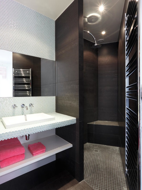 salle d 39 eau avec un plan de toilette en carrelage photos et id es d co de salles d 39 eau. Black Bedroom Furniture Sets. Home Design Ideas