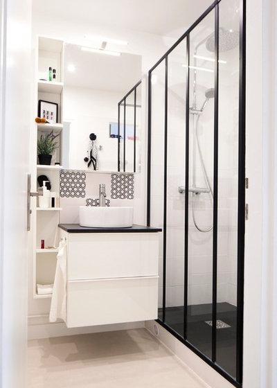 Contemporary Bathroom by DAM DAM' Design