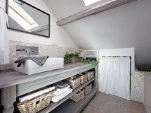 Trasformare Lavanderia In Bagno : Arredare una mini lavanderia trasformando una nicchia in bagno