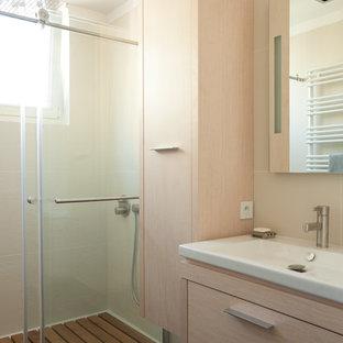 Inspiration pour une salle de bain design.