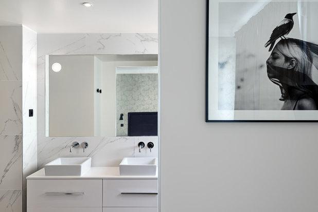 Modern Badezimmer by Caroline ANDREONI
