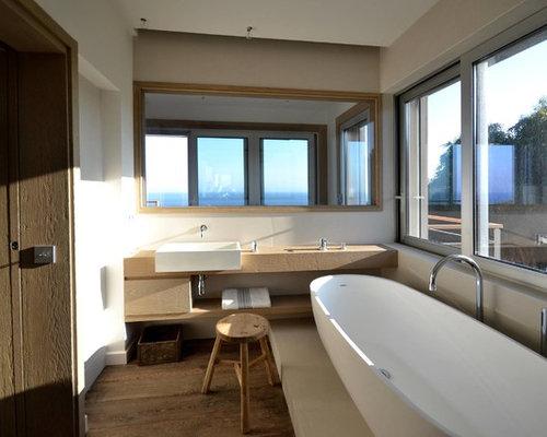 ger umige badezimmer mit zementfliesen ideen design bilder houzz. Black Bedroom Furniture Sets. Home Design Ideas