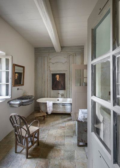 Landhausstil Badezimmer By Bernard Touillon Photographe