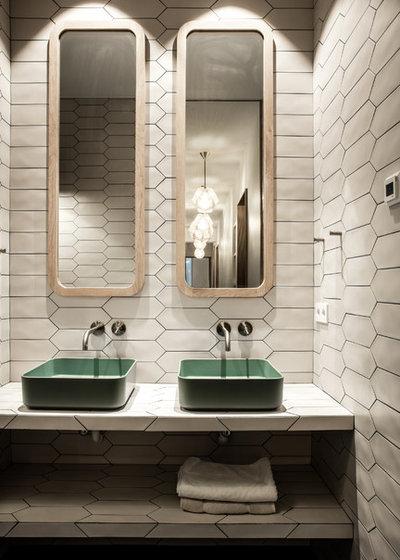 Contemporary Bathroom by Miriam Gassmann