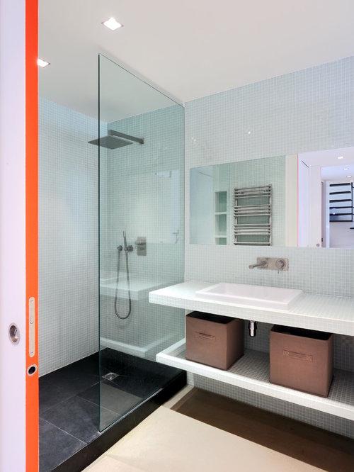 Salle de bain avec un plan de toilette en carrelage : Photos et ...
