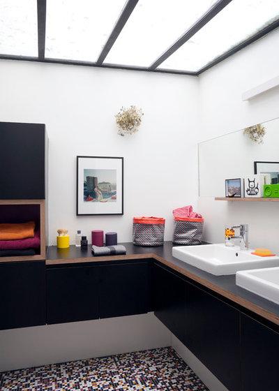 contemporain salle de bain by arnaud rinuccini photographe architecture - Fenetre Salle De Bain Vis A Vis