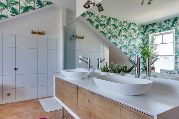 Contemporary Bathroom by Claire Clerc