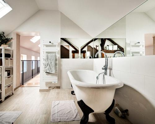 Salle De Bain grande salle de bain contemporaine : Salle de bain contemporaine avec une baignoire sur pieds : Photos ...