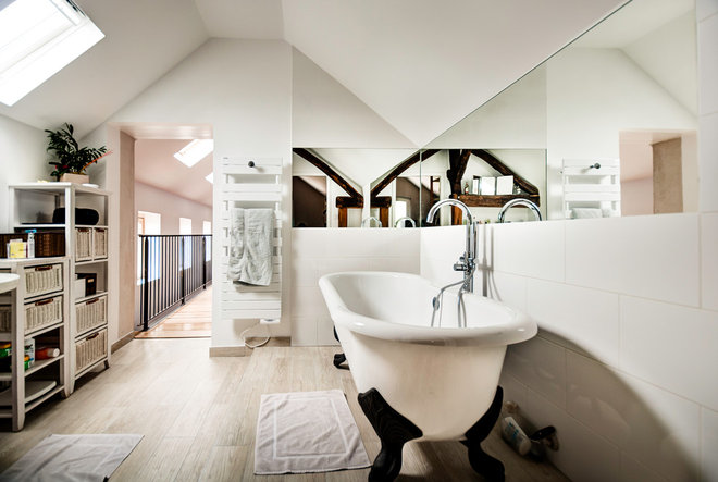Contemporain Salle de Bain by JPDA