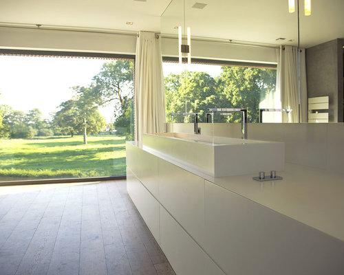 Salle De Bain grande salle de bain contemporaine : Très grande salle de bain contemporaine : Photos et idées déco de ...