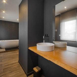Salle de bain avec un mur noir : Photos et idées déco de salles de bain