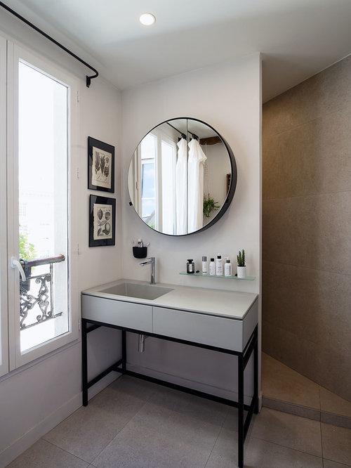 ides dco pour une salle de bain contemporaine avec un placard porte plane des