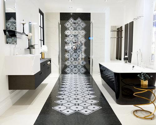 salle de bain avec un carrelage noir et blanc photos et. Black Bedroom Furniture Sets. Home Design Ideas