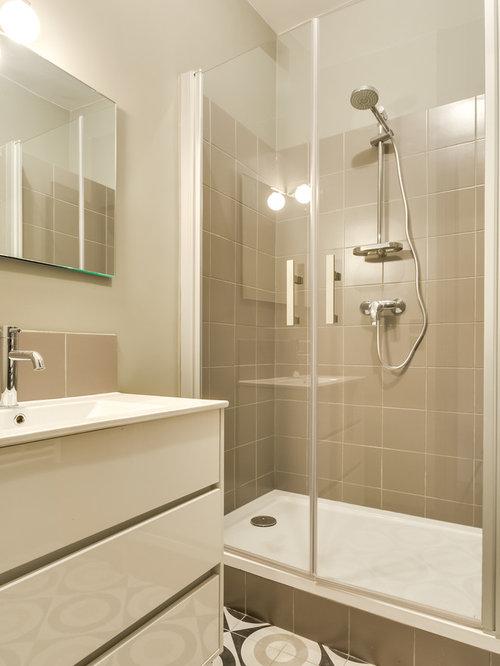 Salle de bain avec un carrelage beige photos et id es for Idee deco salle de bain blanc et beige