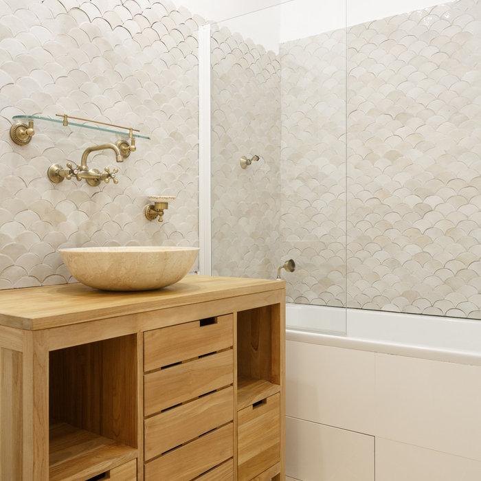 Une salle de bains rétro chic