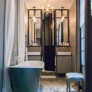Idées déco pour une salle de bain principale éclectique.